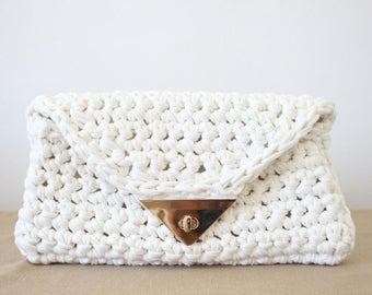 Foldover clutch, Envelope Clutch, Bridesmaid Gifts, Birthday Gift, Foldover Handbag, Foldover Bag, Gift For Girlfriend, Tshirt Yarn Purse