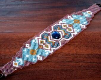 Bracelet en perles amérindiennes OOAK Peyote perlés manchette planète vivante déclaration Bracelet, Bracelet de perles tissage, Paua bleu Pierre