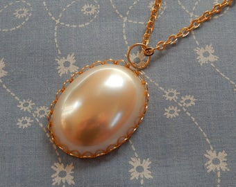 Simple Pearl Cameo Gold Plated Necklace