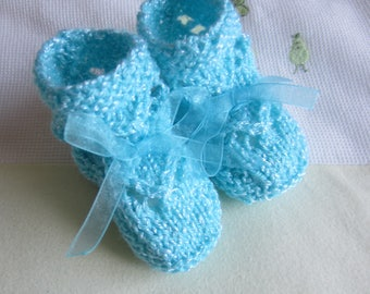 Turquoise Blue size newborn - hand made knitted baby booties