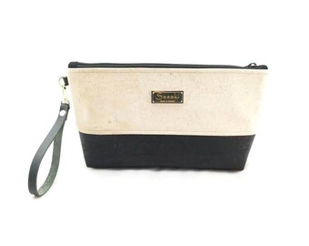 "MTO - 12"" x 7"" x 2""  Black and White Wristlet Clutch"