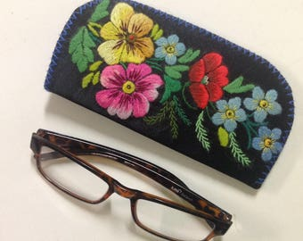 Embroidered eye glass case