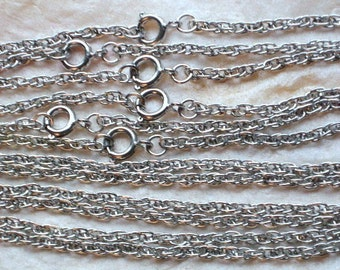 "ChaiNs SaLe Vintage Lot 12 Rope Necklaces Silver Tone 16"" Inch Pendants Jewelry Making 1970's Arts Crafts Choker Style Green Upcycle Charms"