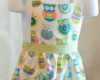 Girl's Fun Chef Apron With Colorful Owls