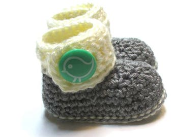 Crochet baby booties.  Ready to ship gender neutral baby ankle boots.  Grey cream teal birdie baby boots.  Baby shower gift idea.