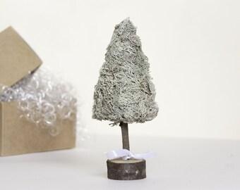 Christmas tree - Christmas topiary - Mini Christmas tree - Holiday decor - Alternative Christmas tree