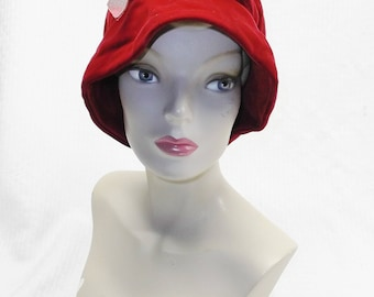 1960s Vintage Red Velvet Cloche Hat with Bow Large