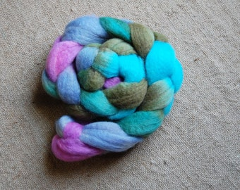 Blueface roving (top) - Fairy Tale
