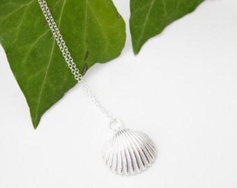 Rag & Bottles Shell necklace