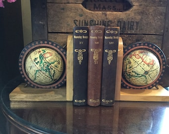 Vintage World Globe Bookends / Old World Style