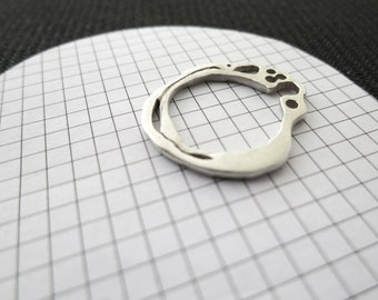 Tiny sterling ring, love rings for her, unique dainty ringspetite stacking ring, thin boho stack ring, thin dainty rings, skinny silver ring
