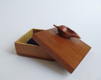 Wood Box Jewelry Box Leaf Jewelry Box Gift for her Hand Carved Birthday Gift, Anniversary Gift, For Nature Lover, Trees, Trinket Box