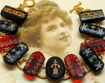 "1800s BUTTON  bracelet, Victorian glass in red & black. 7.5"" bracelet. Antique button jewellery."
