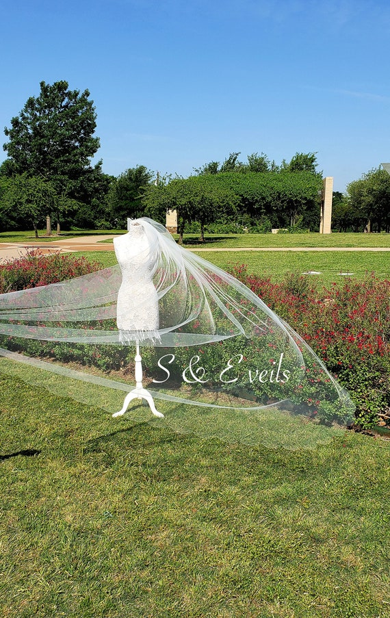 Cathedral Veil with Scalloped Edge and metal comb | wedding veil