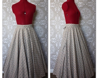 Vintage 1950's Pink and Grey Cotton Circle Skirt XS
