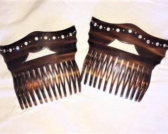 Pair of 1970'S Faux Tortoise Shell Vintage Hair Combs. Dramatic shape with crystal/Diamante detail. Beautiful Wedding or Prom Hair Accessory