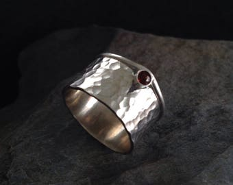 Hammered silver ring with ruby