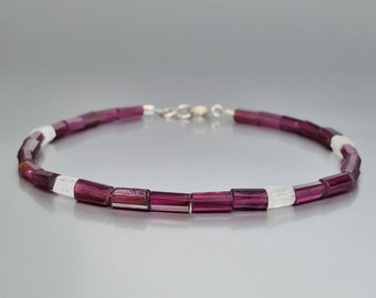 Bracelet Garnet and Moonstone with Sterling silver - gift idea - love stone - white and red natural gemstones - Sterling silver clasp