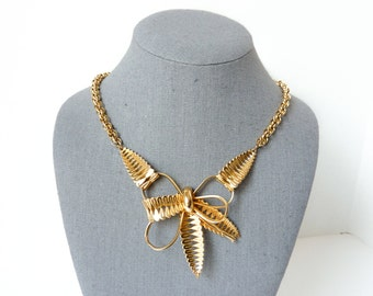 Gold Bow Necklace   1950s Jewelry   Vintage Statement Jewelry   Bow Jewelry   Gold Necklace   Pendant Necklace with Adjustable Length