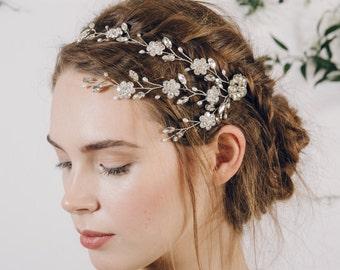 Crystal hair vine, Flower hair vine, trailing hair vine, wedding hair vine, bridal hair vine, floral hairvine, boho hair vine - Blanche