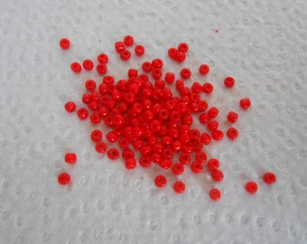 Red sachet color seed beads.