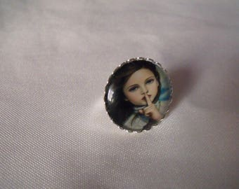 LIQUIDATION ring cabochon glass 25 mm girl retro effect