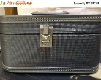 35% off Sale Vintage retro black flat top train case small luggage wedding craft storage 1950