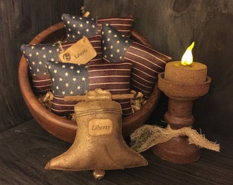 Primitive Liberty Bell and American Flag Bowl Fillers / Tucks