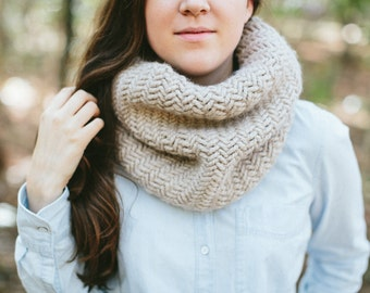 Chunky Knit Cowl Textured Scarf Neck Warmer // The HERRINGBONE