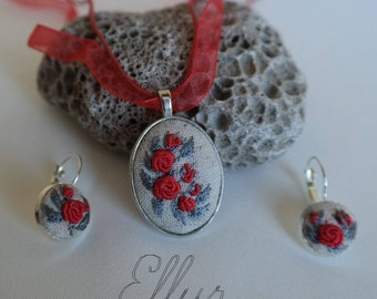Embroidered necklace set earring Red jewelry for girlfriend Gifts-for-sister Hand Embroidery pendant Eco Wife red jewelry Fabric Ukrainian