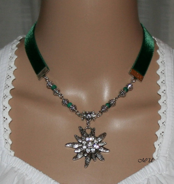 Dirndl-Velvet ribbon-green-necklace-Edelweiss pedant