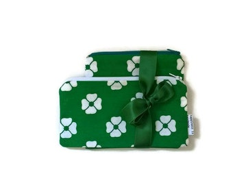 Two Pouches Gift Set - Floral Zipper Pouch - Green Pouch - Retro Zip Pouch - Zip Wallet - Small Cosmetic Bag - 70s Fabric - Green and White