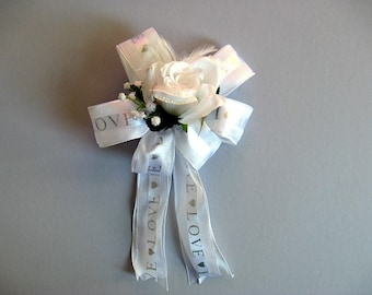 Wedding gift for brides, Bridal shower decoration, White feather gift bow, Wedding shower bow, Bow for presents, Gift wrap bow