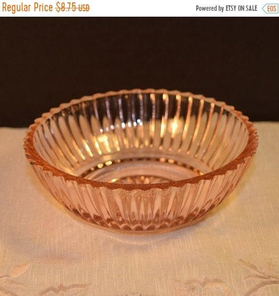 Delayed Shipping Pink Depression Glass Queen Mary Bowl Vintage Anchor Hocking Fruit Dessert Bowl Open Salt Dish Gift for Her Pink Wedding De