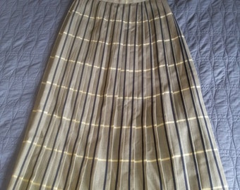 Vintage Professional Pleated Wool Skirt