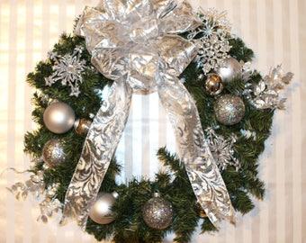 Silver Christmas Wreath, Gray Christmas Wreath, Holiday Wreath, Winter Wreath, Evergreen