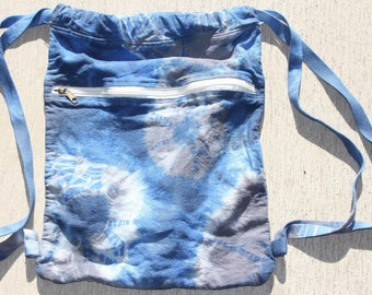cinch backpack, dyed blue and grey