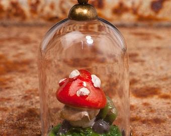 Mushroom terrarium pendant
