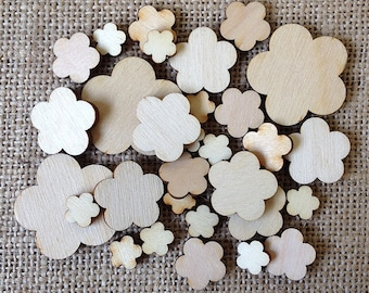 Wooden Flower Shapes, 5 Petal Design in Mixed Sizes