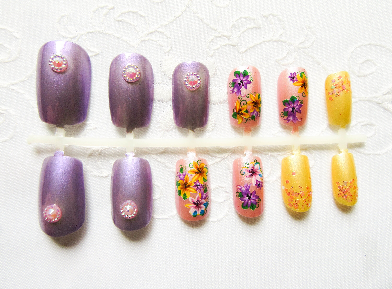 Flower Nails / Fake Nails / Purple / Yellow / Pink / Nails /