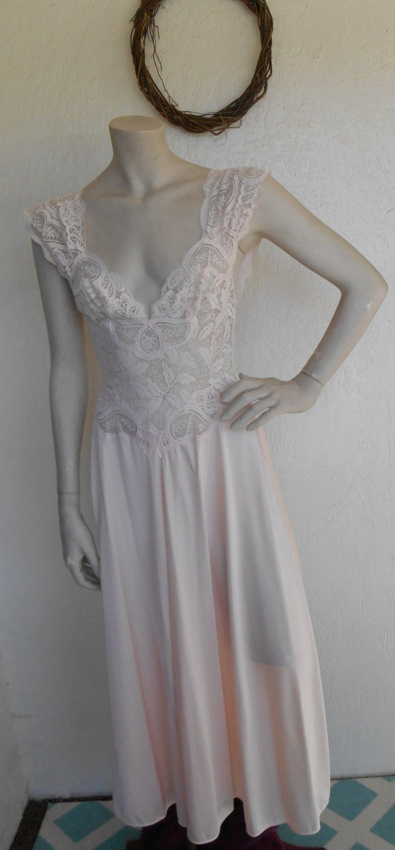 Vintage Olga Nightgown Ballerina Stretch Bodice 91460
