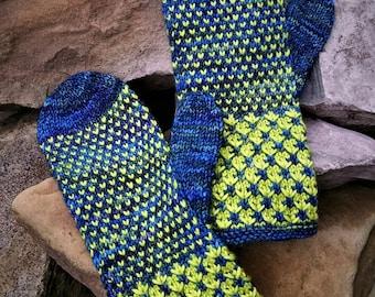 "Anya""s Mittens Knitting Pattern"