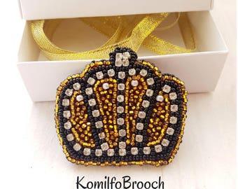 Crown brooch Beads brooch