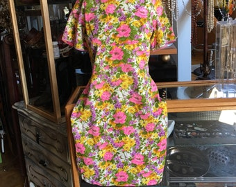 Retro Vibrant Floral Dress Handmade Shortsleeve Dress