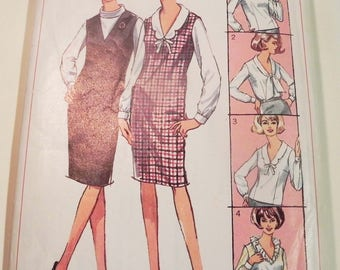 "1960s Sheath Dress Fitted Blouse jumper V neckline vintage sewing pattern Simplicity 6276 Size 16 Bust 36"""