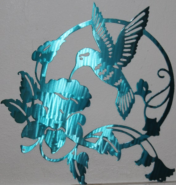 Feeding Hummingbird Metal Wall Art Home Decor