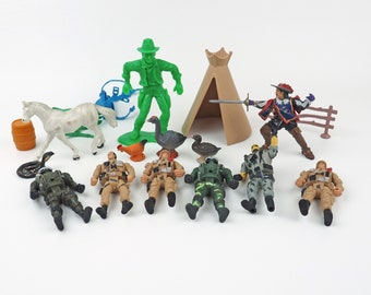 Vintage Plastic Toy Figurines- Cowboy, Three Muskateer, Soldiers, horse, ducks, snake, chicken, Tent, fence- 18 pieces!- Wild West