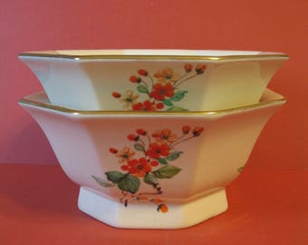 Hyalyn Pottery USA, Mid Century Octagon - 2 Bowls #830 Floral Pattern Gold Trim