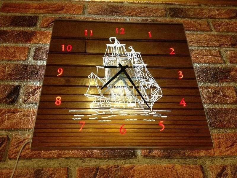 Horloge lumineuse miroir bateau for Horloge lumineuse