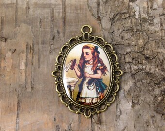 Drink me cameo pendant - Alice in Wonderland - Alice portrait necklace - Antique Bronze - Lewis Carroll - John Tenniel